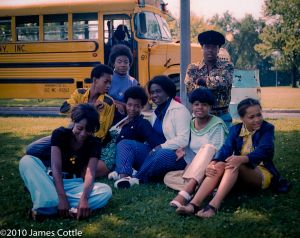 girls-and-bus